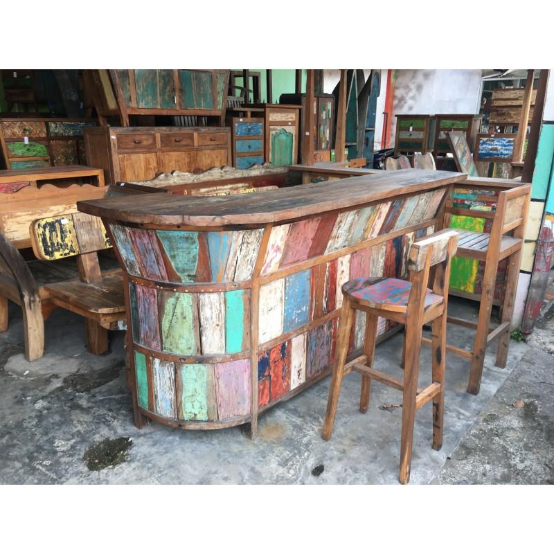 meubles en teck colorés pour terrasses ou jardins